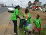 Hope for poor and sick - community cleaning of Nairobi 1